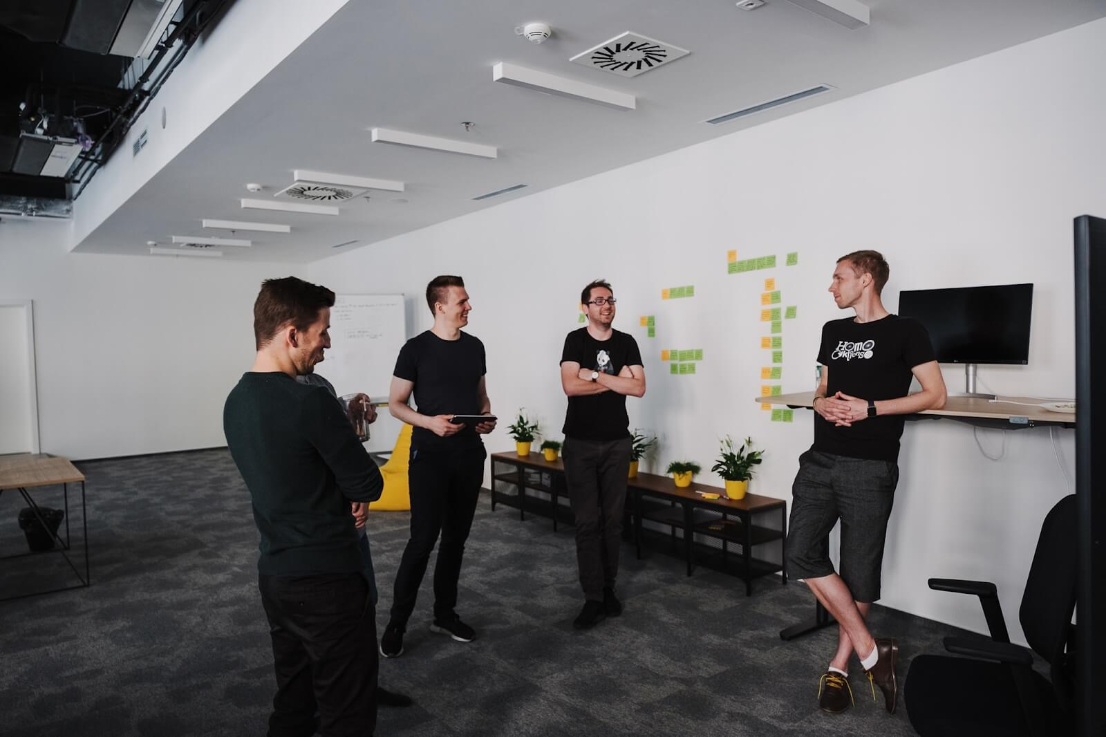 what does a product manager do — work with teams